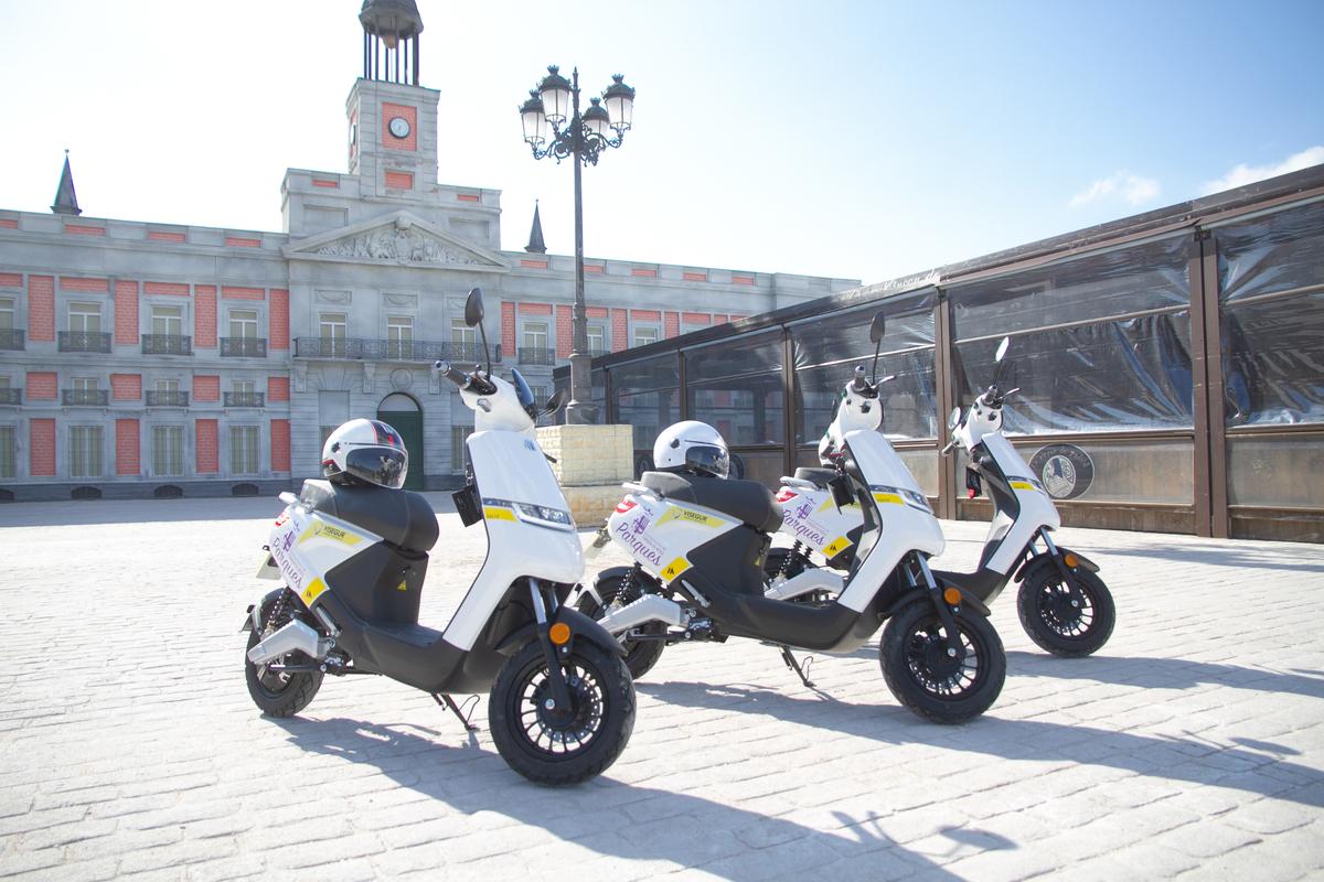 Control, aperturas y cierres de Parques del Ayuntamiento de Torrejón de Ardoz: Visegur incorpora nuevas motos eléctricas